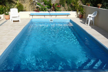 How much does it cost to build a swimming pool pool - How much does the average swimming pool cost ...