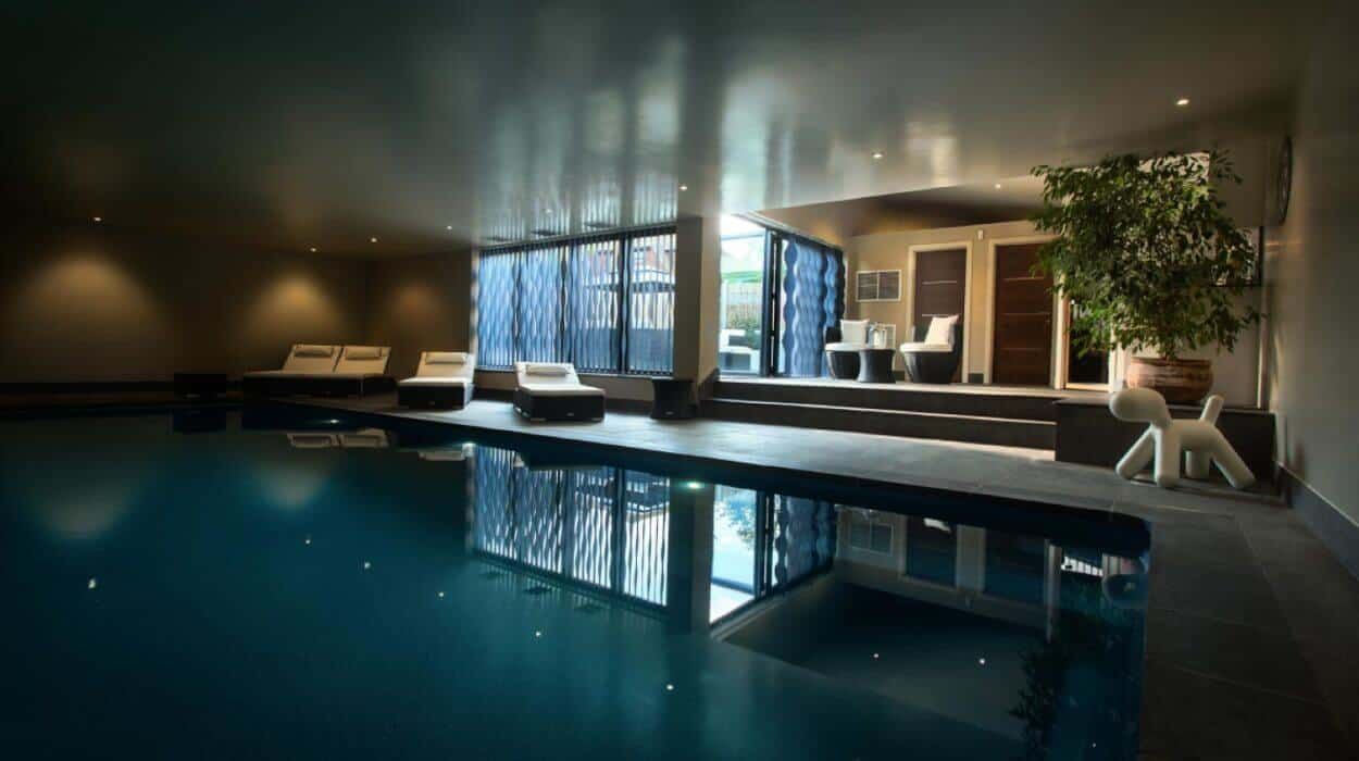 Compass Pools Indoor Pool