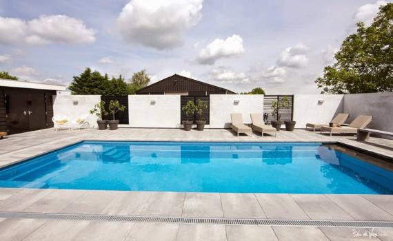 Inground swimming pools - featured image